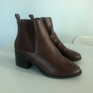 Brown boots - BRAND NEW NEVER WORN